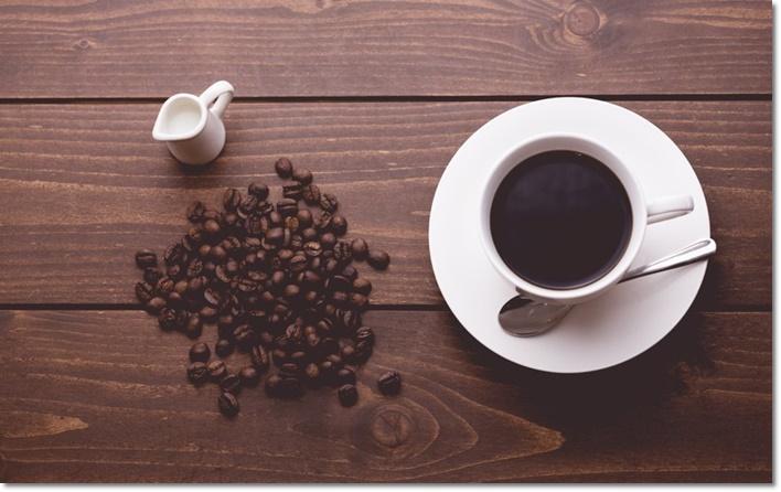 インスタントコーヒー カフェイン 量
